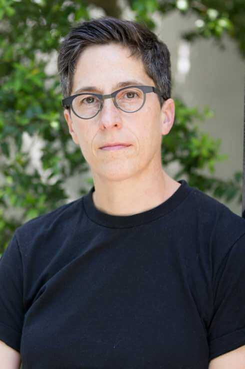 17-alison-bechdel.w245.h368.2x