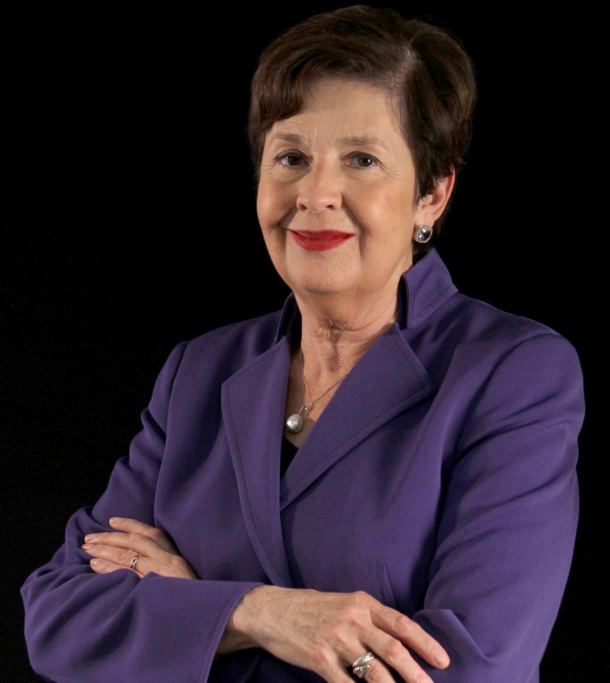 Aida-Alvarez-speaker
