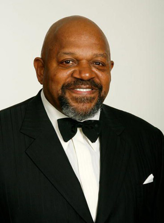 LOS ANGELES, CA - FEBRUARY 03:  EXCLUSIVE ACCESS.  Director/actor Charles S. Dutton poses in the portrait studio during the 59th annual Directors Guild Of America Awards held at Hyatt Regency Century Plaza on February 3, 2007 in Los Angeles, California.   (Photo by Vince Bucci/Getty Images for DGA)