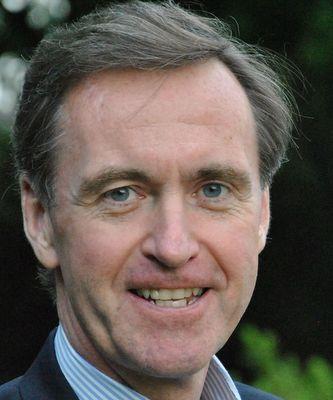 Chris-Lowney-speaker