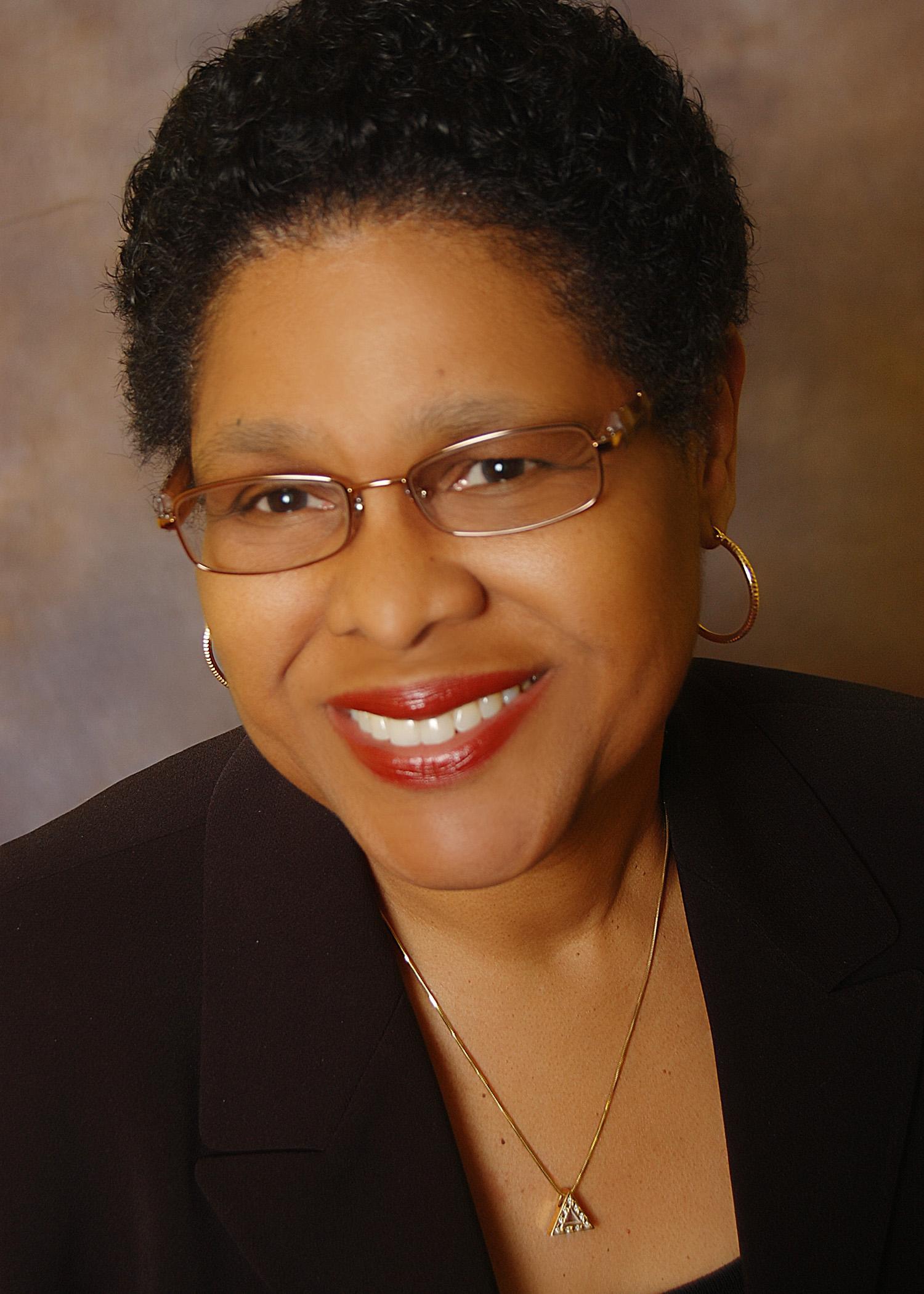 Dr.-Gwendolyn-Grant