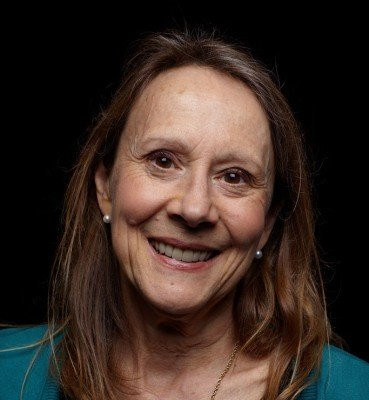 Esther-Dyson-speaker