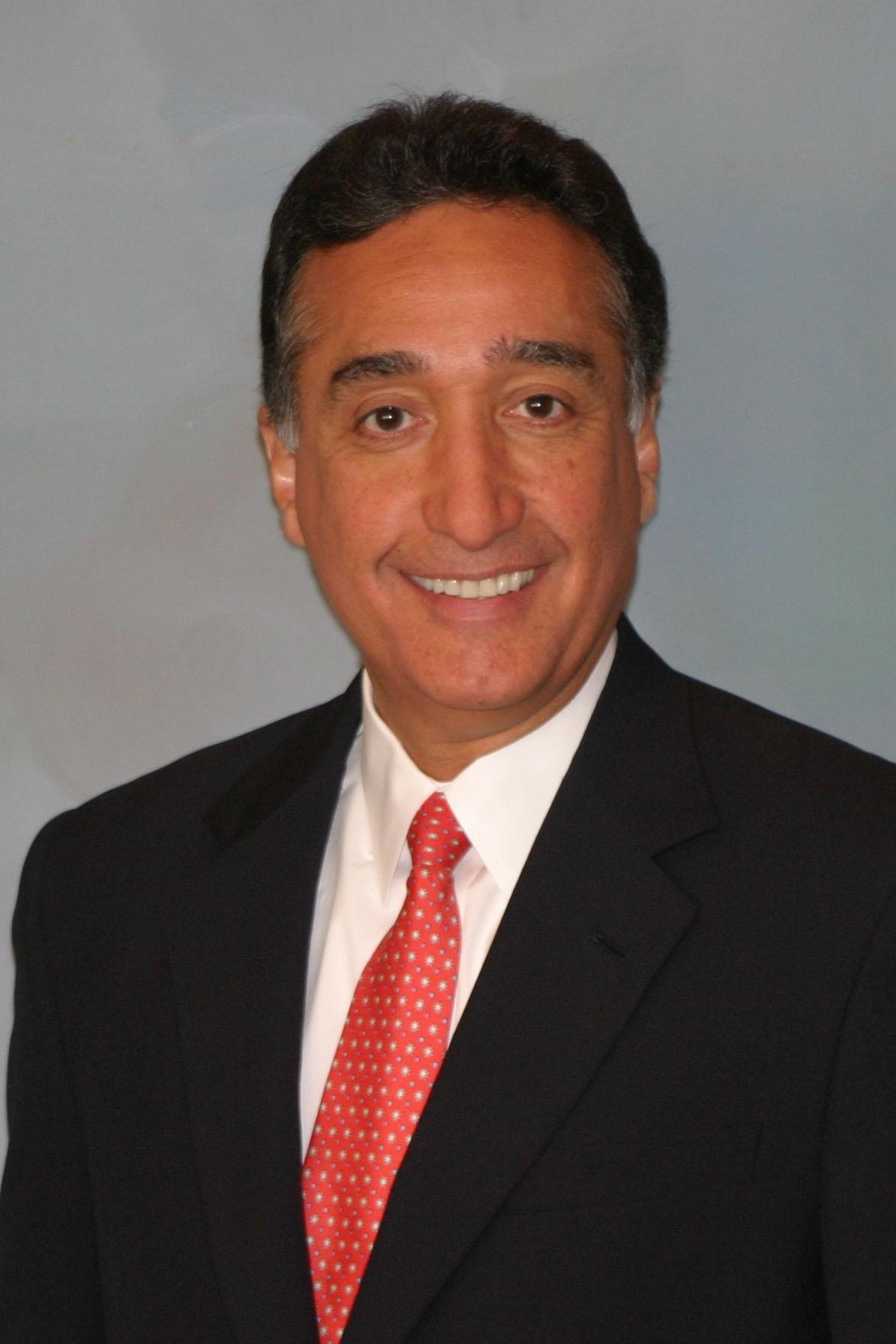 Henry-Cisneros-speaker