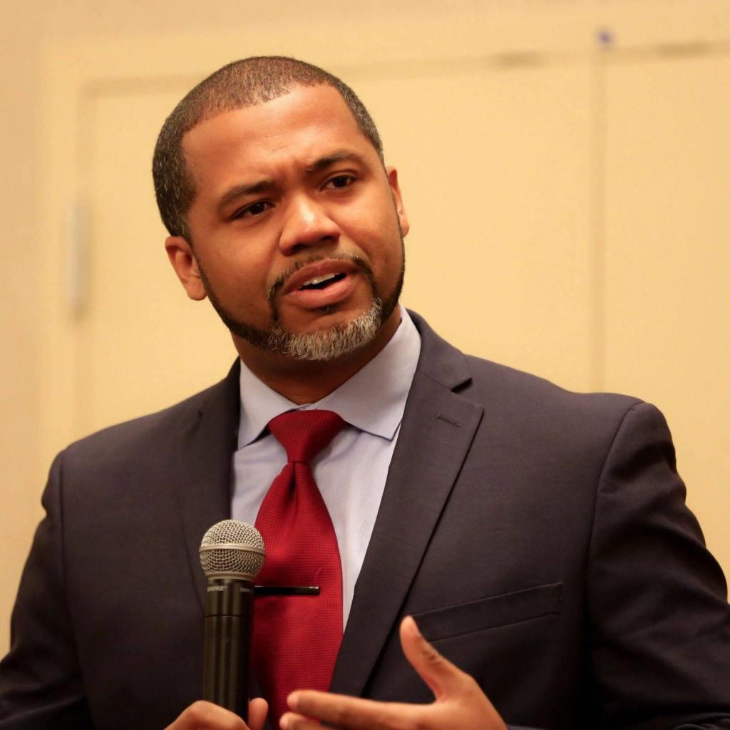 Manny-Scott-speaker